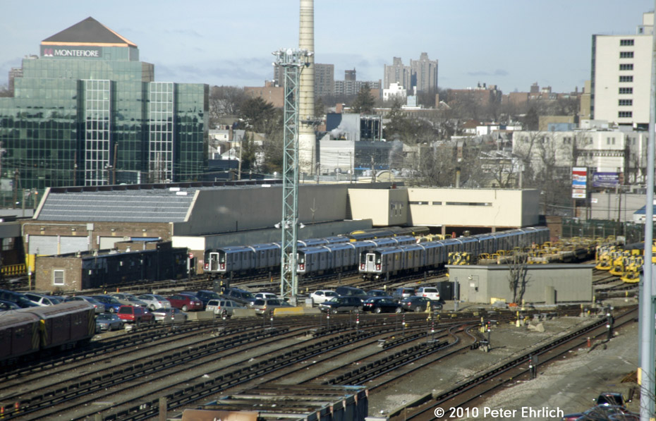 (196k, 930x597)<br><b>Country:</b> United States<br><b>City:</b> New York<br><b>System:</b> New York City Transit<br><b>Location:</b> Westchester Yard<br><b>Photo by:</b> Peter Ehrlich<br><b>Date:</b> 1/6/2010<br><b>Viewed (this week/total):</b> 1 / 841