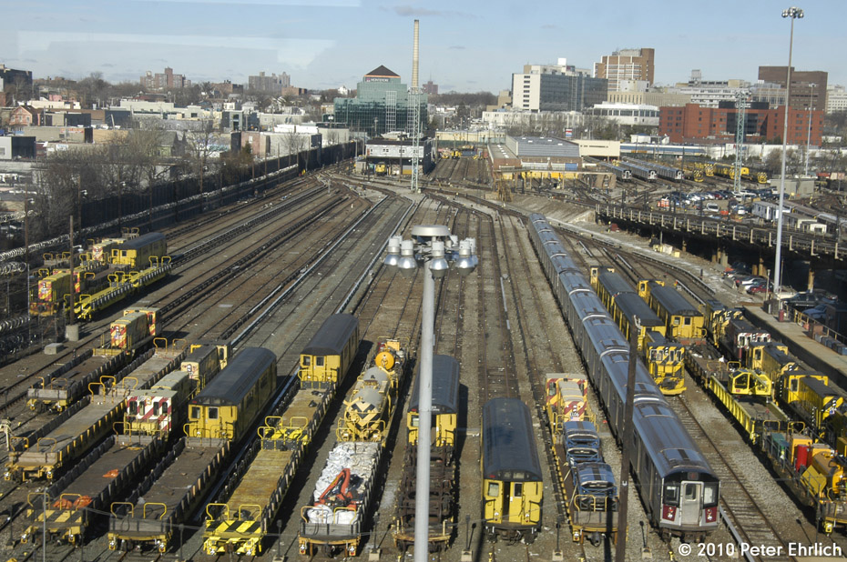 (273k, 930x618)<br><b>Country:</b> United States<br><b>City:</b> New York<br><b>System:</b> New York City Transit<br><b>Location:</b> Westchester Yard<br><b>Photo by:</b> Peter Ehrlich<br><b>Date:</b> 1/6/2010<br><b>Viewed (this week/total):</b> 0 / 1181