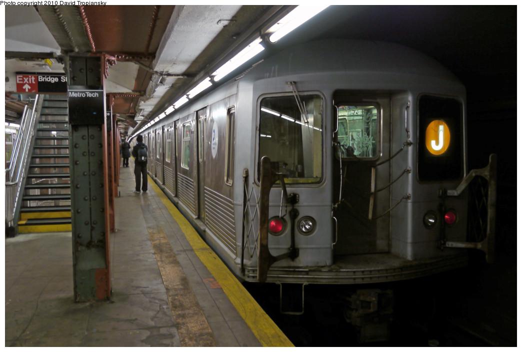 (199k, 1044x703)<br><b>Country:</b> United States<br><b>City:</b> New York<br><b>System:</b> New York City Transit<br><b>Line:</b> BMT Broadway Line<br><b>Location:</b> Jay St./Metrotech (Lawrence St.) <br><b>Route:</b> J<br><b>Car:</b> R-42 (St. Louis, 1969-1970)  4810 <br><b>Photo by:</b> David Tropiansky<br><b>Date:</b> 1/16/2010<br><b>Viewed (this week/total):</b> 3 / 2420