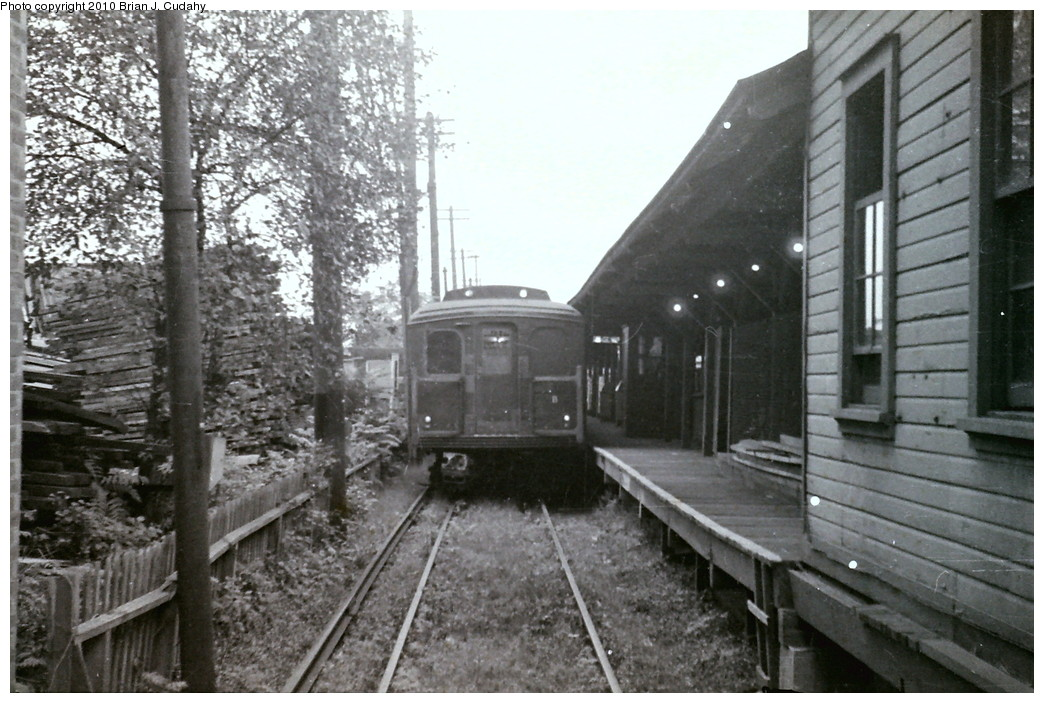 (220k, 1044x703)<br><b>Country:</b> United States<br><b>City:</b> New York<br><b>System:</b> New York City Transit<br><b>Line:</b> BMT Canarsie Line<br><b>Location:</b> Rockaway Parkway <br><b>Car:</b> BMT A/B-Type Standard  <br><b>Photo by:</b> Brian J. Cudahy<br><b>Date:</b> 1955<br><b>Viewed (this week/total):</b> 0 / 1786
