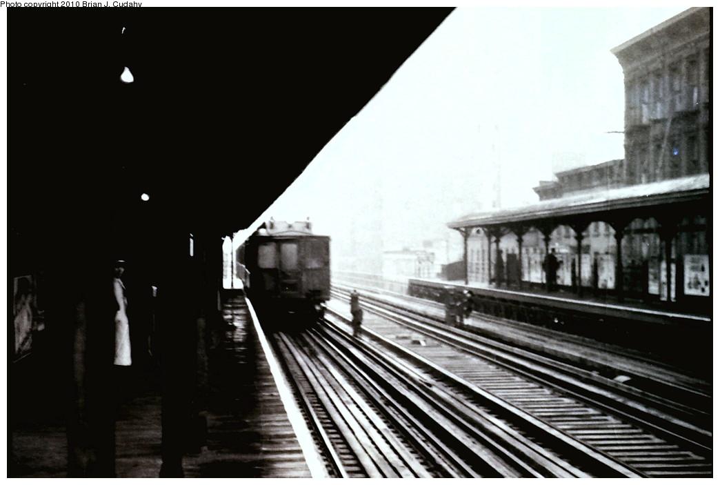 (143k, 1044x703)<br><b>Country:</b> United States<br><b>City:</b> New York<br><b>System:</b> New York City Transit<br><b>Line:</b> 3rd Avenue El<br><b>Car:</b> MUDC  <br><b>Photo by:</b> Brian J. Cudahy<br><b>Date:</b> 1954<br><b>Viewed (this week/total):</b> 5 / 1669