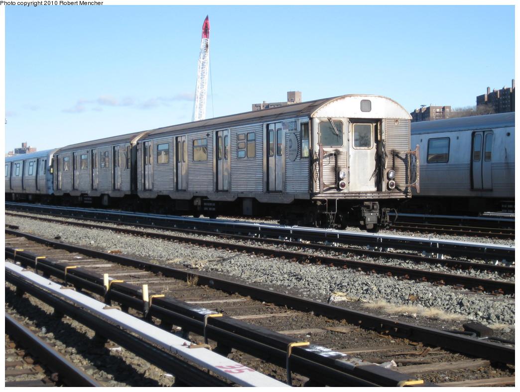 (244k, 1044x788)<br><b>Country:</b> United States<br><b>City:</b> New York<br><b>System:</b> New York City Transit<br><b>Location:</b> 207th Street Yard<br><b>Car:</b> R-32 (Budd, 1964)  3593 <br><b>Photo by:</b> Robert Mencher<br><b>Date:</b> 1/18/2010<br><b>Notes:</b> Scrap<br><b>Viewed (this week/total):</b> 1 / 1084