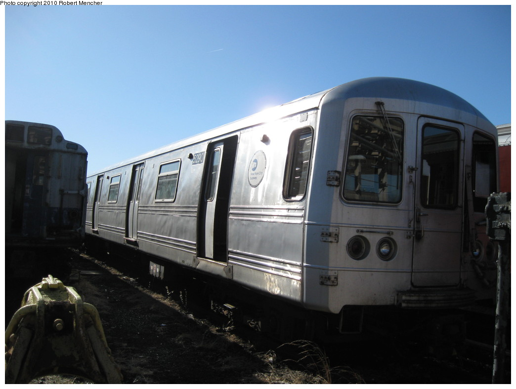 (154k, 1044x788)<br><b>Country:</b> United States<br><b>City:</b> New York<br><b>System:</b> New York City Transit<br><b>Location:</b> 207th Street Yard<br><b>Car:</b> R-44 (St. Louis, 1971-73) 5290 <br><b>Photo by:</b> Robert Mencher<br><b>Date:</b> 1/18/2010<br><b>Viewed (this week/total):</b> 0 / 825