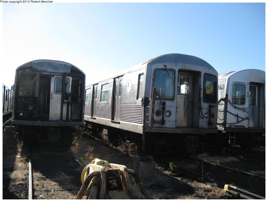 (180k, 1044x788)<br><b>Country:</b> United States<br><b>City:</b> New York<br><b>System:</b> New York City Transit<br><b>Location:</b> 207th Street Yard<br><b>Car:</b> R-42 (St. Louis, 1969-1970)  4551 <br><b>Photo by:</b> Robert Mencher<br><b>Date:</b> 1/18/2010<br><b>Notes:</b> Scrap<br><b>Viewed (this week/total):</b> 0 / 1404