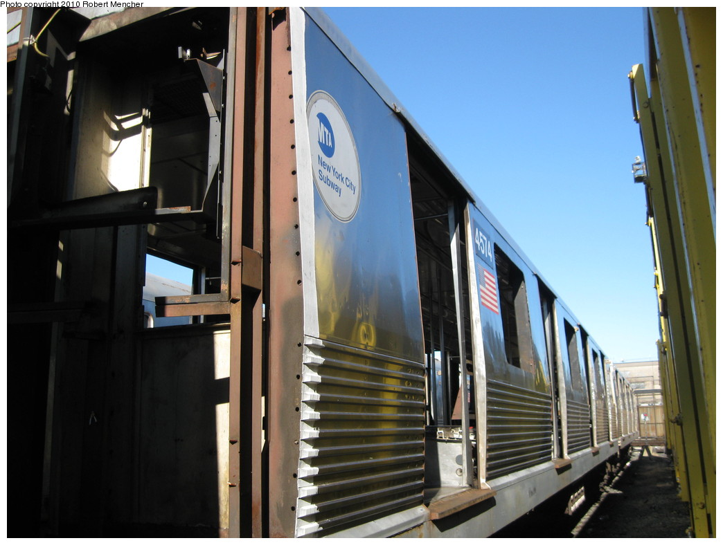 (189k, 1044x788)<br><b>Country:</b> United States<br><b>City:</b> New York<br><b>System:</b> New York City Transit<br><b>Location:</b> 207th Street Yard<br><b>Car:</b> R-42 (St. Louis, 1969-1970)  4574 <br><b>Photo by:</b> Robert Mencher<br><b>Date:</b> 1/18/2010<br><b>Notes:</b> Scrap<br><b>Viewed (this week/total):</b> 4 / 765