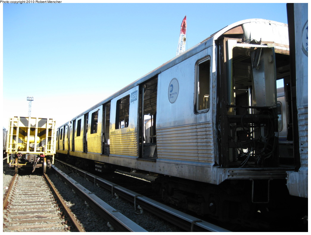 (203k, 1044x788)<br><b>Country:</b> United States<br><b>City:</b> New York<br><b>System:</b> New York City Transit<br><b>Location:</b> 207th Street Yard<br><b>Car:</b> R-42 (St. Louis, 1969-1970)  4656 <br><b>Photo by:</b> Robert Mencher<br><b>Date:</b> 1/18/2010<br><b>Notes:</b> Scrap<br><b>Viewed (this week/total):</b> 0 / 871