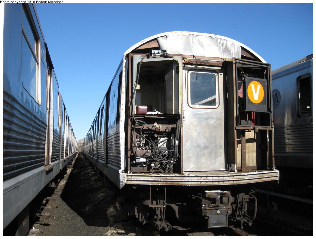 (219k, 1044x788)<br><b>Country:</b> United States<br><b>City:</b> New York<br><b>System:</b> New York City Transit<br><b>Location:</b> 207th Street Yard<br><b>Car:</b> R-42 (St. Louis, 1969-1970)  4569 <br><b>Photo by:</b> Robert Mencher<br><b>Date:</b> 1/18/2010<br><b>Notes:</b> Scrap<br><b>Viewed (this week/total):</b> 0 / 2201