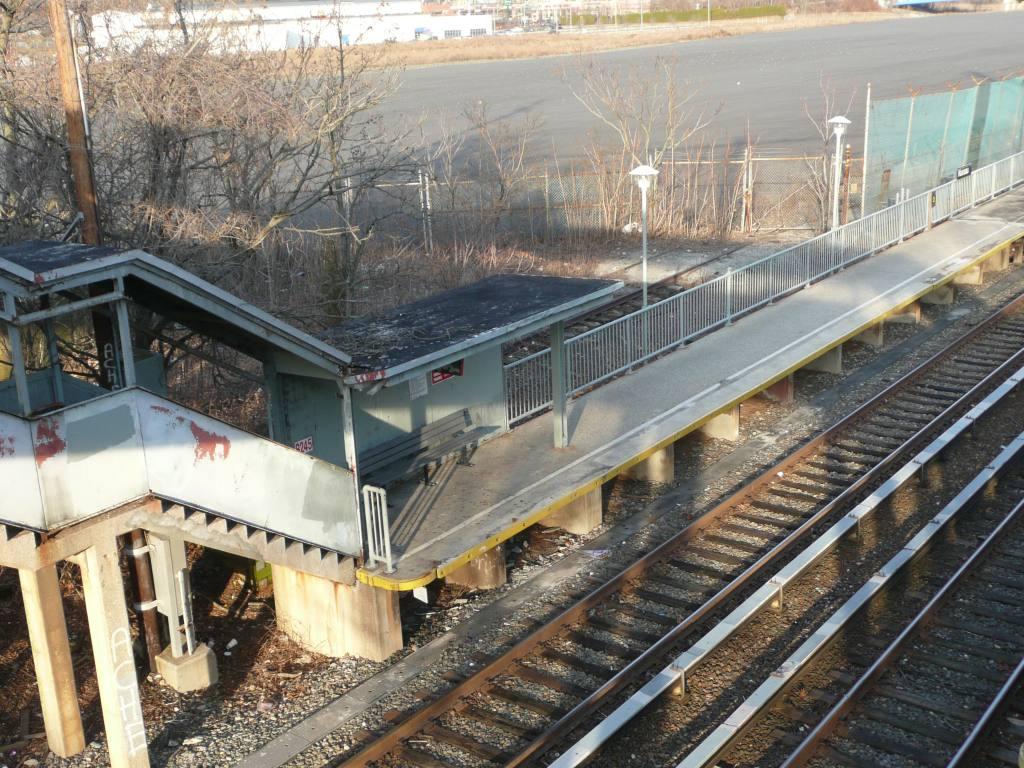 (179k, 1024x768)<br><b>Country:</b> United States<br><b>City:</b> New York<br><b>System:</b> New York City Transit<br><b>Line:</b> SIRT<br><b>Location:</b> Nassau <br><b>Photo by:</b> Robbie Rosenfeld<br><b>Date:</b> 1/21/2010<br><b>Viewed (this week/total):</b> 0 / 586
