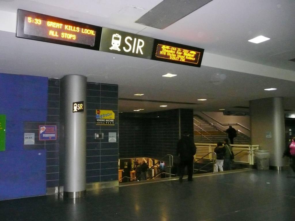 (79k, 1024x769)<br><b>Country:</b> United States<br><b>City:</b> New York<br><b>System:</b> New York City Transit<br><b>Line:</b> SIRT<br><b>Location:</b> St. George <br><b>Photo by:</b> Robbie Rosenfeld<br><b>Date:</b> 1/21/2010<br><b>Viewed (this week/total):</b> 3 / 2256