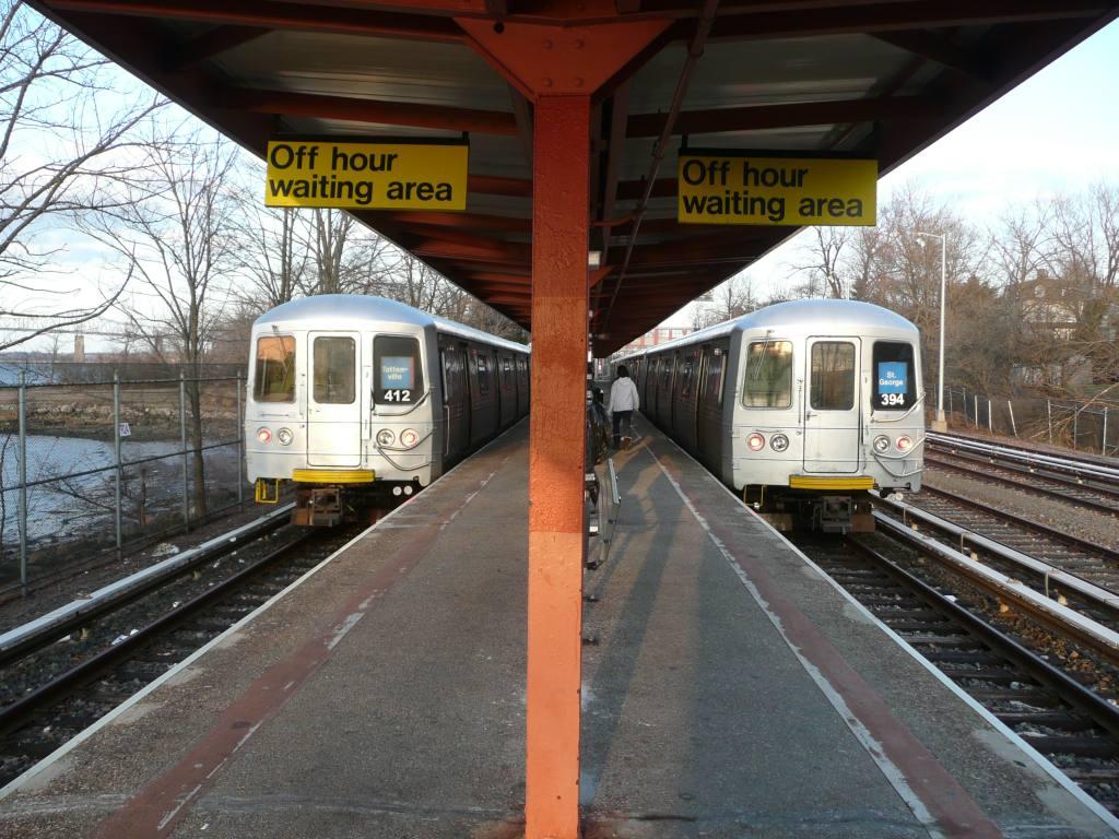 (158k, 1024x768)<br><b>Country:</b> United States<br><b>City:</b> New York<br><b>System:</b> New York City Transit<br><b>Line:</b> SIRT<br><b>Location:</b> Tottenville <br><b>Photo by:</b> Robbie Rosenfeld<br><b>Date:</b> 1/20/2010<br><b>Viewed (this week/total):</b> 0 / 1347