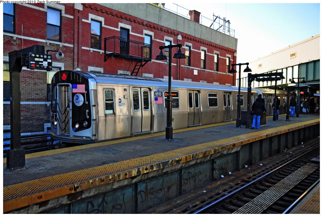 (328k, 1044x700)<br><b>Country:</b> United States<br><b>City:</b> New York<br><b>System:</b> New York City Transit<br><b>Line:</b> BMT Nassau Street/Jamaica Line<br><b>Location:</b> Myrtle Avenue <br><b>Route:</b> M<br><b>Car:</b> R-160A-1 (Alstom, 2005-2008, 4 car sets)  8513 <br><b>Photo by:</b> Zach Summer<br><b>Date:</b> 1/7/2010<br><b>Viewed (this week/total):</b> 1 / 1973