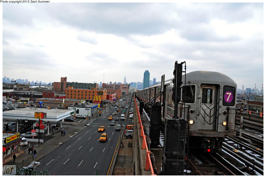 (257k, 1044x700)<br><b>Country:</b> United States<br><b>City:</b> New York<br><b>System:</b> New York City Transit<br><b>Line:</b> IRT Flushing Line<br><b>Location:</b> 40th Street/Lowery Street <br><b>Route:</b> 7<br><b>Car:</b> R-62A (Bombardier, 1984-1987)  2152 <br><b>Photo by:</b> Zach Summer<br><b>Date:</b> 1/8/2010<br><b>Viewed (this week/total):</b> 0 / 1599