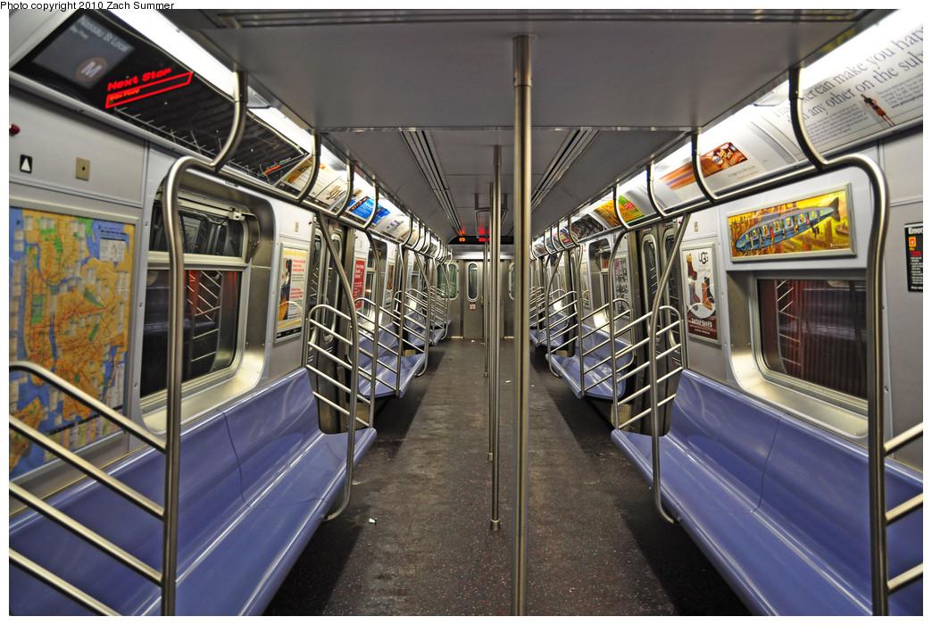(288k, 1044x700)<br><b>Country:</b> United States<br><b>City:</b> New York<br><b>System:</b> New York City Transit<br><b>Route:</b> M<br><b>Car:</b> R-160A-1 (Alstom, 2005-2008, 4 car sets)  8404 <br><b>Photo by:</b> Zach Summer<br><b>Date:</b> 1/8/2010<br><b>Viewed (this week/total):</b> 1 / 1510