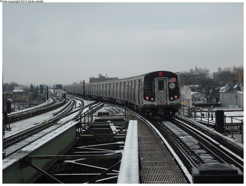 (197k, 1044x788)<br><b>Country:</b> United States<br><b>City:</b> New York<br><b>System:</b> New York City Transit<br><b>Line:</b> BMT Culver Line<br><b>Location:</b> Kings Highway <br><b>Route:</b> F<br><b>Car:</b> R-160A (Option 1) (Alstom, 2008-2009, 5 car sets)   <br><b>Photo by:</b> Alize Jarrett<br><b>Date:</b> 1/28/2010<br><b>Viewed (this week/total):</b> 3 / 1284