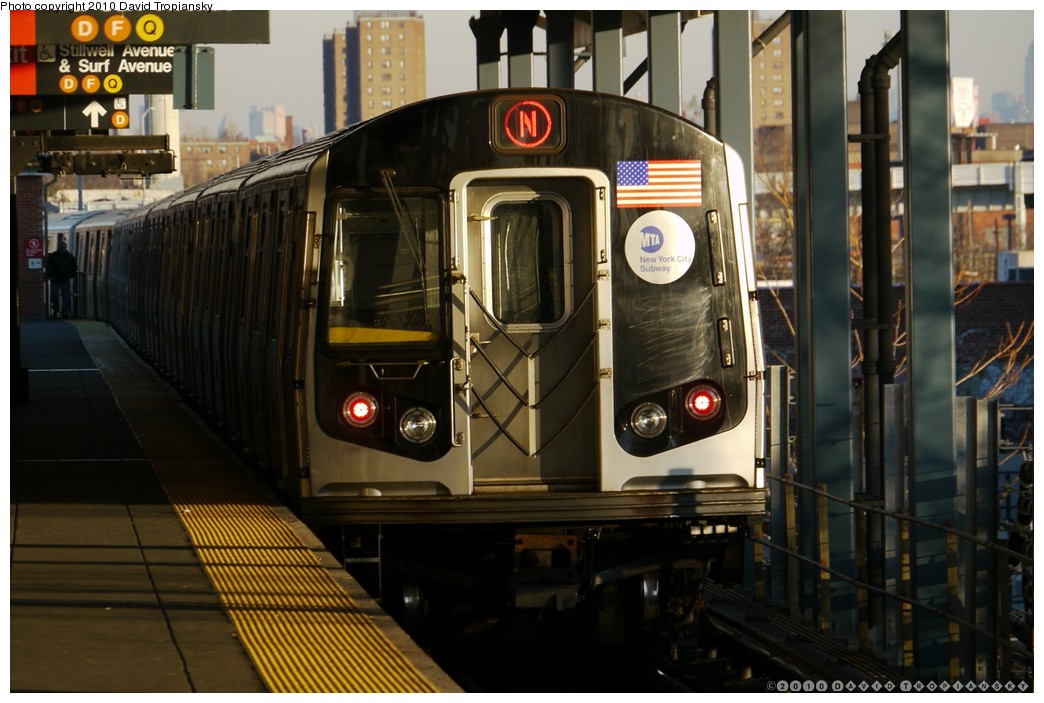 (180k, 1044x703)<br><b>Country:</b> United States<br><b>City:</b> New York<br><b>System:</b> New York City Transit<br><b>Location:</b> Coney Island/Stillwell Avenue<br><b>Route:</b> N<br><b>Car:</b> R-160A/R-160B Series (Number Unknown)  <br><b>Photo by:</b> David Tropiansky<br><b>Date:</b> 1/23/2010<br><b>Viewed (this week/total):</b> 0 / 1234
