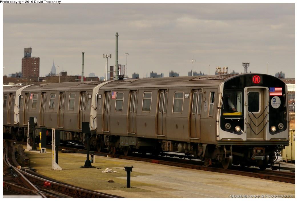 (161k, 1044x703)<br><b>Country:</b> United States<br><b>City:</b> New York<br><b>System:</b> New York City Transit<br><b>Location:</b> Coney Island/Stillwell Avenue<br><b>Route:</b> N<br><b>Car:</b> R-160B (Kawasaki, 2005-2008)  8967 <br><b>Photo by:</b> David Tropiansky<br><b>Date:</b> 1/27/2010<br><b>Viewed (this week/total):</b> 0 / 975