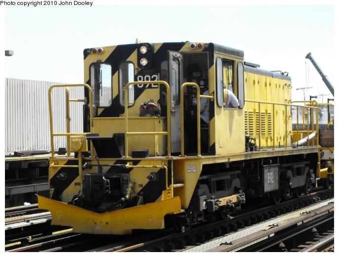 (91k, 686x520)<br><b>Country:</b> United States<br><b>City:</b> New York<br><b>System:</b> New York City Transit<br><b>Route:</b> Work Service<br><b>Car:</b> R-77 Locomotive  892 <br><b>Photo by:</b> John Dooley<br><b>Date:</b> 2009<br><b>Viewed (this week/total):</b> 0 / 520
