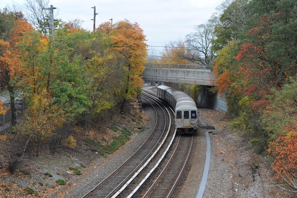 (379k, 1024x681)<br><b>Country:</b> United States<br><b>City:</b> New York<br><b>System:</b> New York City Transit<br><b>Line:</b> SIRT<br><b>Location:</b> Nassau <br><b>Car:</b> R-44 SIRT (St. Louis, 1971-1973) 434 <br><b>Photo by:</b> Richard Panse<br><b>Date:</b> 10/30/2009<br><b>Viewed (this week/total):</b> 0 / 1028