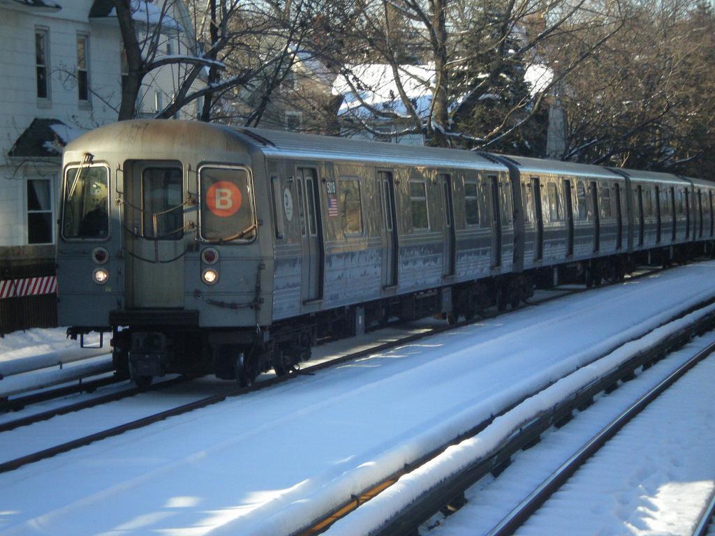 (134k, 1024x768)<br><b>Country:</b> United States<br><b>City:</b> New York<br><b>System:</b> New York City Transit<br><b>Line:</b> BMT Brighton Line<br><b>Location:</b> Avenue H <br><b>Route:</b> B<br><b>Car:</b> R-68A (Kawasaki, 1988-1989)  5018 <br><b>Photo by:</b> John Dooley<br><b>Date:</b> 2/11/2010<br><b>Viewed (this week/total):</b> 0 / 1195