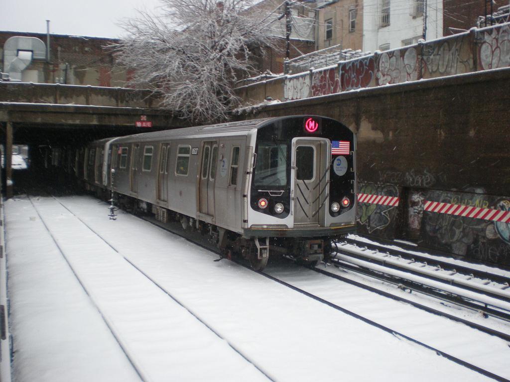 (120k, 1024x768)<br><b>Country:</b> United States<br><b>City:</b> New York<br><b>System:</b> New York City Transit<br><b>Line:</b> BMT Sea Beach Line<br><b>Location:</b> 18th Avenue <br><b>Route:</b> M reroute<br><b>Car:</b> R-160A-1 (Alstom, 2005-2008, 4 car sets)  8436 <br><b>Photo by:</b> John Dooley<br><b>Date:</b> 2/10/2010<br><b>Viewed (this week/total):</b> 0 / 1597