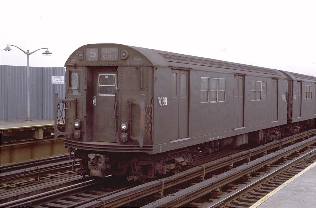 (170k, 1024x675)<br><b>Country:</b> United States<br><b>City:</b> New York<br><b>System:</b> New York City Transit<br><b>Line:</b> IRT White Plains Road Line<br><b>Location:</b> 225th Street <br><b>Route:</b> 5<br><b>Car:</b> R-21 (St. Louis, 1956-57) 7088 <br><b>Photo by:</b> Joe Testagrose<br><b>Date:</b> 1/30/1971<br><b>Viewed (this week/total):</b> 1 / 3586