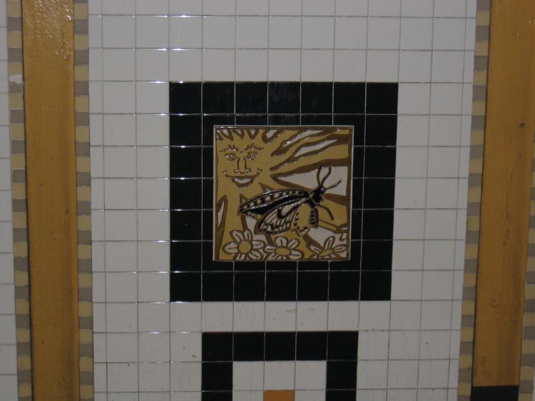 (45k, 750x562)<br><b>Country:</b> United States<br><b>City:</b> New York<br><b>System:</b> New York City Transit<br><b>Line:</b> IRT Brooklyn Line<br><b>Location:</b> Utica Avenue <br><b>Photo by:</b> Robbie Rosenfeld<br><b>Date:</b> 2/14/2005<br><b>Artwork:</b> <i>Good Morning, Good Night</i>, Hugo Consuegra.<br><b>Viewed (this week/total):</b> 1 / 2371