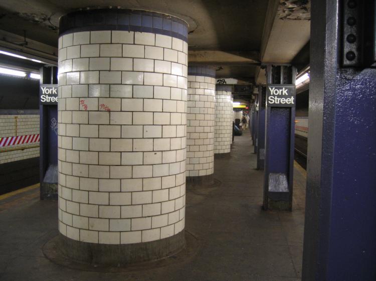 (56k, 750x562)<br><b>Country:</b> United States<br><b>City:</b> New York<br><b>System:</b> New York City Transit<br><b>Line:</b> IND 6th Avenue Line<br><b>Location:</b> York Street <br><b>Photo by:</b> Robbie Rosenfeld<br><b>Date:</b> 3/21/2005<br><b>Viewed (this week/total):</b> 2 / 3637