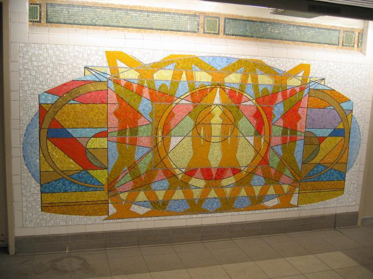 (85k, 750x562)<br><b>Country:</b> United States<br><b>City:</b> New York<br><b>System:</b> New York City Transit<br><b>Line:</b> IRT East Side Line<br><b>Location:</b> 125th Street <br><b>Photo by:</b> Robbie Rosenfeld<br><b>Date:</b> 3/1/2005<br><b>Artwork:</b> <i>Polyrhythmics of Consciousness and Light</i>, Valerie Maynard (2002).<br><b>Viewed (this week/total):</b> 3 / 4470