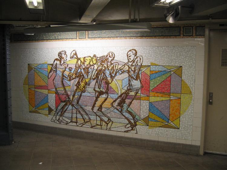 (74k, 750x562)<br><b>Country:</b> United States<br><b>City:</b> New York<br><b>System:</b> New York City Transit<br><b>Line:</b> IRT East Side Line<br><b>Location:</b> 125th Street <br><b>Photo by:</b> Robbie Rosenfeld<br><b>Date:</b> 3/1/2005<br><b>Artwork:</b> <i>Polyrhythmics of Consciousness and Light</i>, Valerie Maynard (2002).<br><b>Viewed (this week/total):</b> 2 / 3546