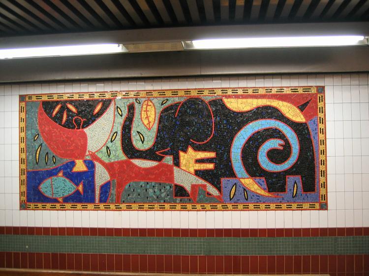 (87k, 750x562)<br><b>Country:</b> United States<br><b>City:</b> New York<br><b>System:</b> New York City Transit<br><b>Line:</b> IRT White Plains Road Line<br><b>Location:</b> 3rd Avenue/149th Street <br><b>Photo by:</b> Robbie Rosenfeld<br><b>Date:</b> 2/8/2005<br><b>Artwork:</b> <i>Una Raza, Un Mundo, Universo (One Race, One World, One Universe)</i>, Jose Ortega (1996).<br><b>Viewed (this week/total):</b> 0 / 1798