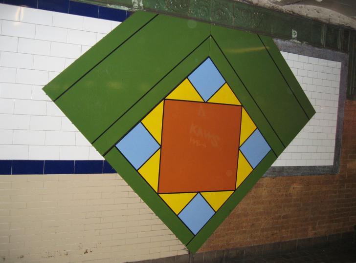 (47k, 728x539)<br><b>Country:</b> United States<br><b>City:</b> New York<br><b>System:</b> New York City Transit<br><b>Line:</b> IRT East Side Line<br><b>Location:</b> Astor Place <br><b>Photo by:</b> Robbie Rosenfeld<br><b>Date:</b> 3/1/2005<br><b>Artwork:</b> <i>Untitled</i>, Milton Glaser (1986).<br><b>Viewed (this week/total):</b> 0 / 2606