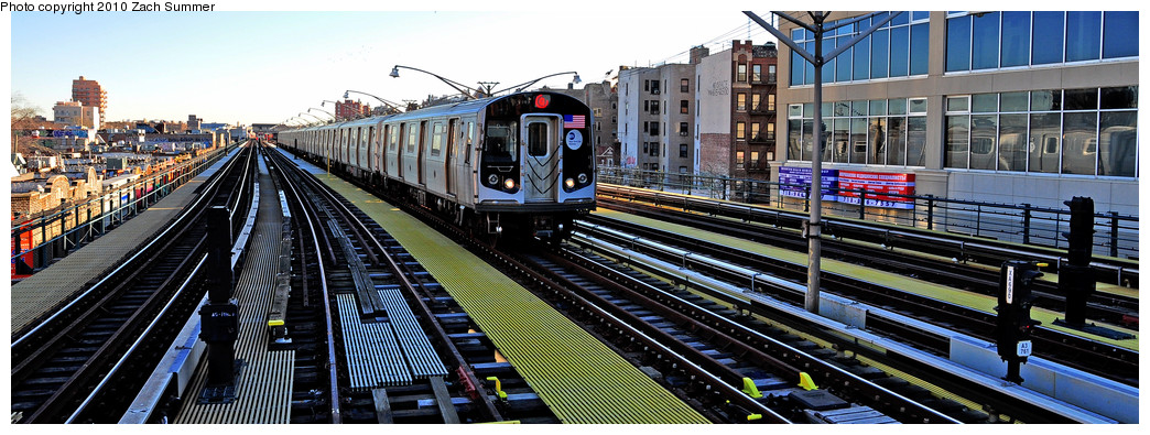 (235k, 1044x395)<br><b>Country:</b> United States<br><b>City:</b> New York<br><b>System:</b> New York City Transit<br><b>Line:</b> BMT Brighton Line<br><b>Location:</b> Ocean Parkway <br><b>Route:</b> Q<br><b>Car:</b> R-160B (Option 1) (Kawasaki, 2008-2009)  9107 <br><b>Photo by:</b> Zach Summer<br><b>Date:</b> 1/10/2010<br><b>Viewed (this week/total):</b> 0 / 1389