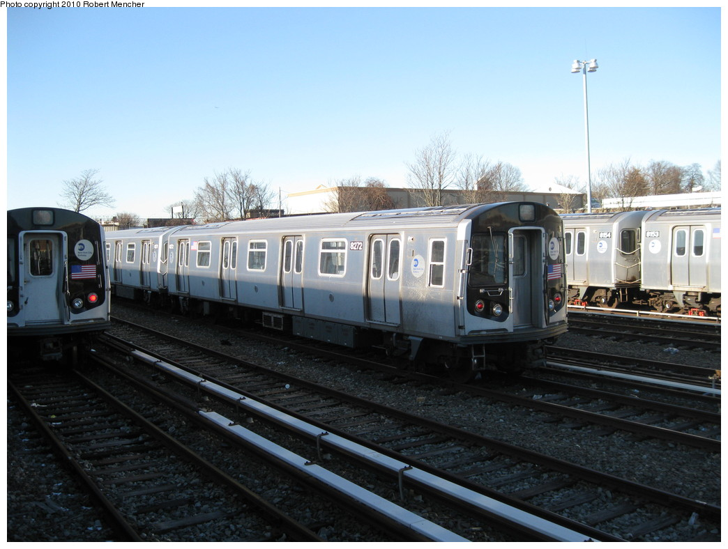 (201k, 1044x788)<br><b>Country:</b> United States<br><b>City:</b> New York<br><b>System:</b> New York City Transit<br><b>Location:</b> East New York Yard/Shops<br><b>Car:</b> R-143 (Kawasaki, 2001-2002) 8272 <br><b>Photo by:</b> Robert Mencher<br><b>Date:</b> 2/8/2010<br><b>Viewed (this week/total):</b> 0 / 662