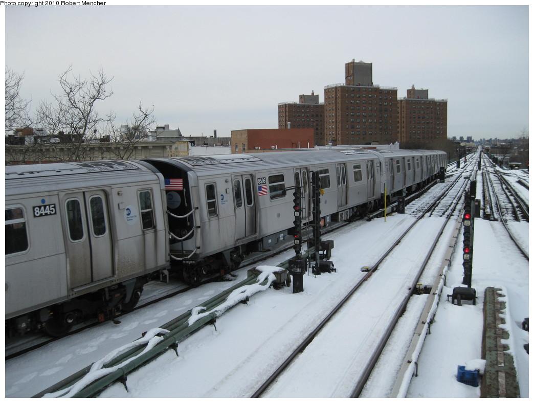 (198k, 1044x788)<br><b>Country:</b> United States<br><b>City:</b> New York<br><b>System:</b> New York City Transit<br><b>Line:</b> BMT Nassau Street/Jamaica Line<br><b>Location:</b> Broadway/East New York (Broadway Junction) <br><b>Route:</b> J<br><b>Car:</b> R-160A-1 (Alstom, 2005-2008, 4 car sets)  8596 <br><b>Photo by:</b> Robert Mencher<br><b>Date:</b> 2/13/2010<br><b>Viewed (this week/total):</b> 0 / 749