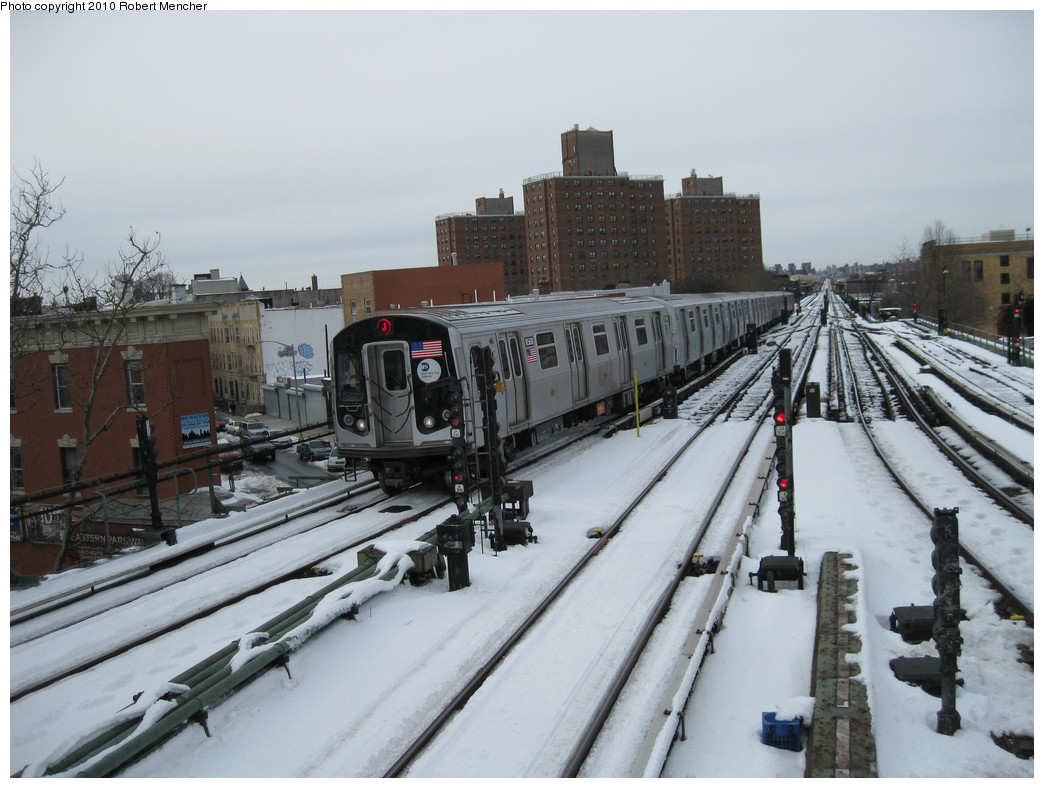 (207k, 1044x788)<br><b>Country:</b> United States<br><b>City:</b> New York<br><b>System:</b> New York City Transit<br><b>Line:</b> BMT Nassau Street/Jamaica Line<br><b>Location:</b> Broadway/East New York (Broadway Junction) <br><b>Route:</b> J<br><b>Car:</b> R-160A-1 (Alstom, 2005-2008, 4 car sets)  8568 <br><b>Photo by:</b> Robert Mencher<br><b>Date:</b> 2/13/2010<br><b>Viewed (this week/total):</b> 0 / 900