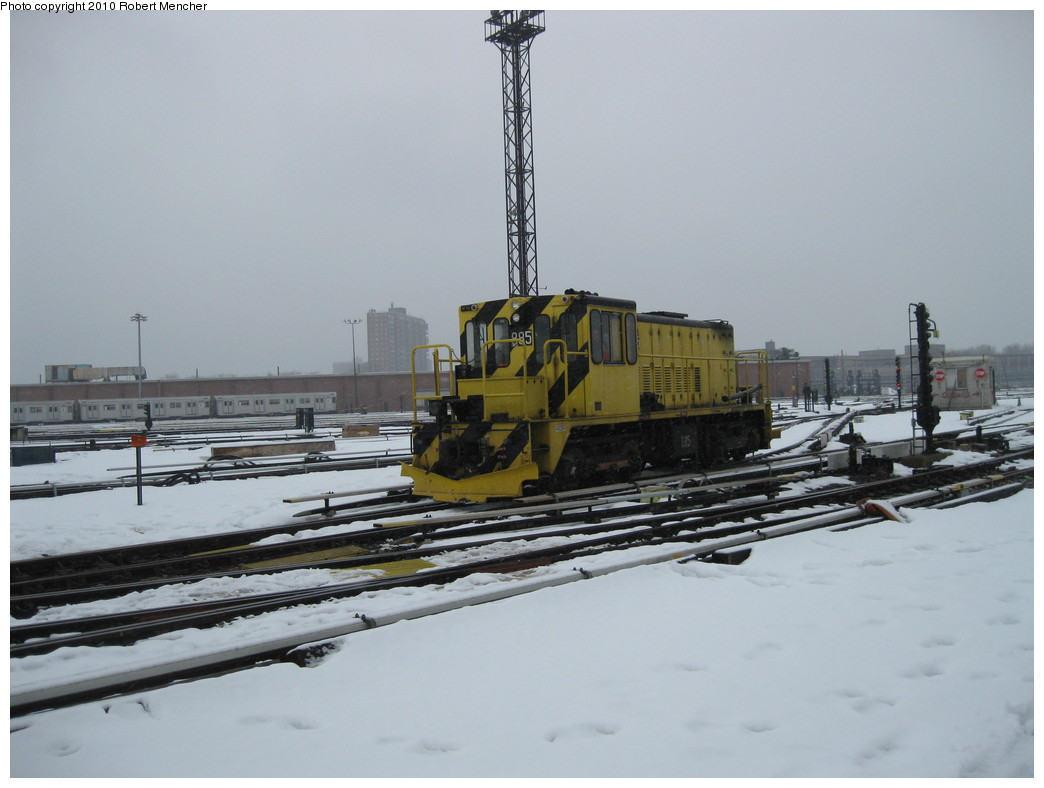 (158k, 1044x788)<br><b>Country:</b> United States<br><b>City:</b> New York<br><b>System:</b> New York City Transit<br><b>Location:</b> Coney Island Yard<br><b>Car:</b> R-77 Locomotive  885 <br><b>Photo by:</b> Robert Mencher<br><b>Date:</b> 2/16/2010<br><b>Viewed (this week/total):</b> 1 / 600