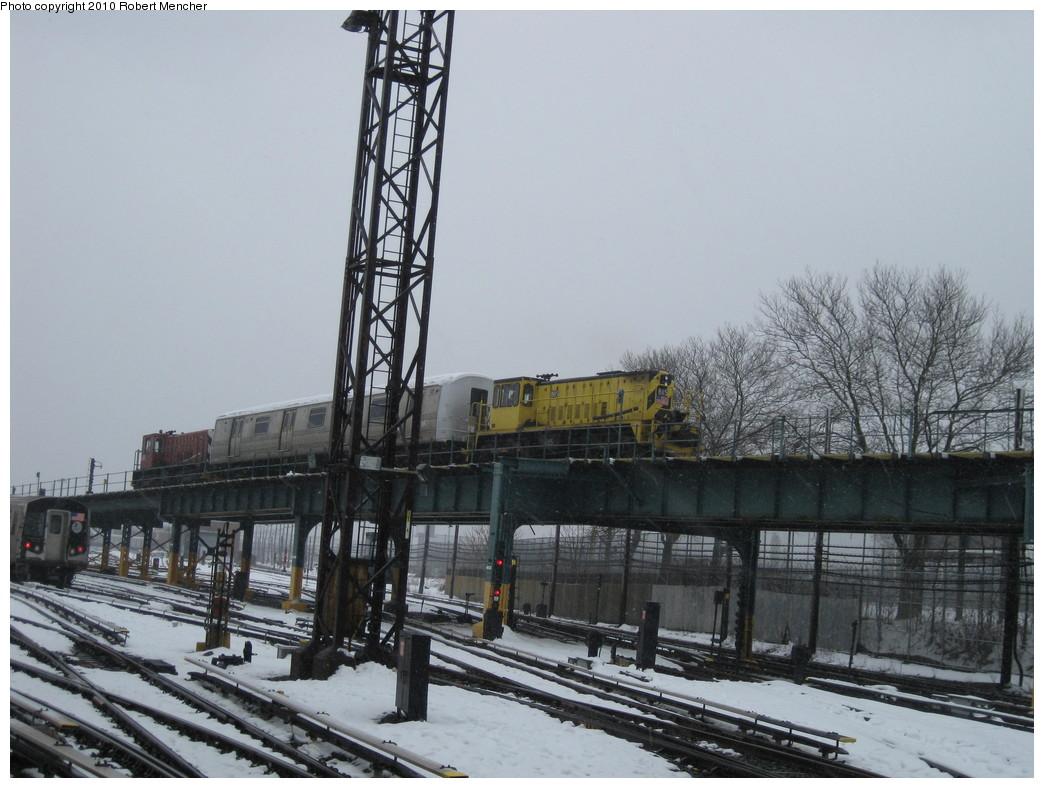 (208k, 1044x788)<br><b>Country:</b> United States<br><b>City:</b> New York<br><b>System:</b> New York City Transit<br><b>Location:</b> Coney Island Yard<br><b>Car:</b> R-77 Locomotive  885 <br><b>Photo by:</b> Robert Mencher<br><b>Date:</b> 2/16/2010<br><b>Viewed (this week/total):</b> 2 / 830