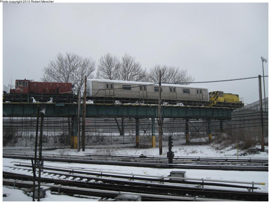 (217k, 1044x788)<br><b>Country:</b> United States<br><b>City:</b> New York<br><b>System:</b> New York City Transit<br><b>Location:</b> Coney Island Yard<br><b>Car:</b> R-44 SIRT (St. Louis, 1971-1973) 435 <br><b>Photo by:</b> Robert Mencher<br><b>Date:</b> 2/16/2010<br><b>Viewed (this week/total):</b> 0 / 1492