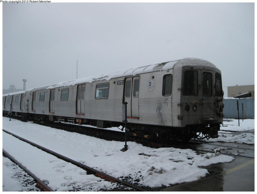 (162k, 1044x788)<br><b>Country:</b> United States<br><b>City:</b> New York<br><b>System:</b> New York City Transit<br><b>Location:</b> Coney Island Yard<br><b>Car:</b> R-46 (Pullman-Standard, 1974-75) 5712 <br><b>Photo by:</b> Robert Mencher<br><b>Date:</b> 2/16/2010<br><b>Viewed (this week/total):</b> 0 / 819
