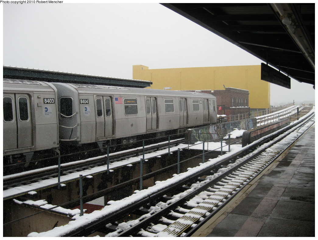 (230k, 1044x788)<br><b>Country:</b> United States<br><b>City:</b> New York<br><b>System:</b> New York City Transit<br><b>Line:</b> BMT Nassau Street/Jamaica Line<br><b>Location:</b> 121st Street <br><b>Route:</b> J<br><b>Car:</b> R-160A-1 (Alstom, 2005-2008, 4 car sets)  8404 <br><b>Photo by:</b> Robert Mencher<br><b>Date:</b> 2/16/2010<br><b>Viewed (this week/total):</b> 2 / 1407