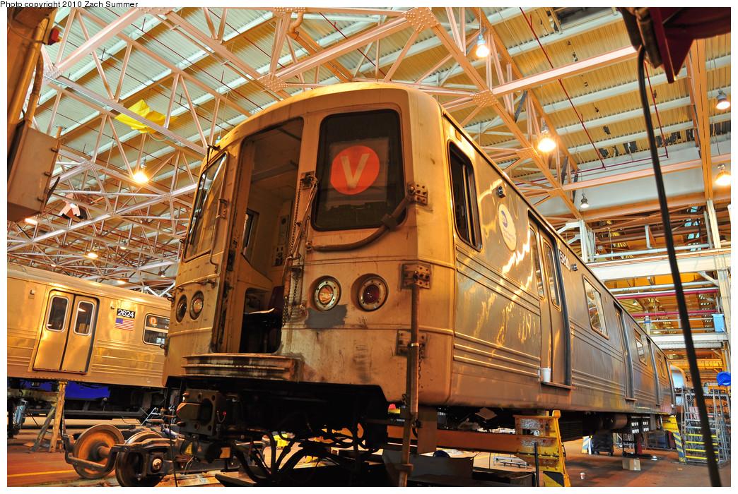 (396k, 1044x700)<br><b>Country:</b> United States<br><b>City:</b> New York<br><b>System:</b> New York City Transit<br><b>Location:</b> Coney Island Shop/Overhaul & Repair Shop<br><b>Car:</b> R-46 (Pullman-Standard, 1974-75) 5820 <br><b>Photo by:</b> Zach Summer<br><b>Date:</b> 1/10/2010<br><b>Viewed (this week/total):</b> 0 / 1035