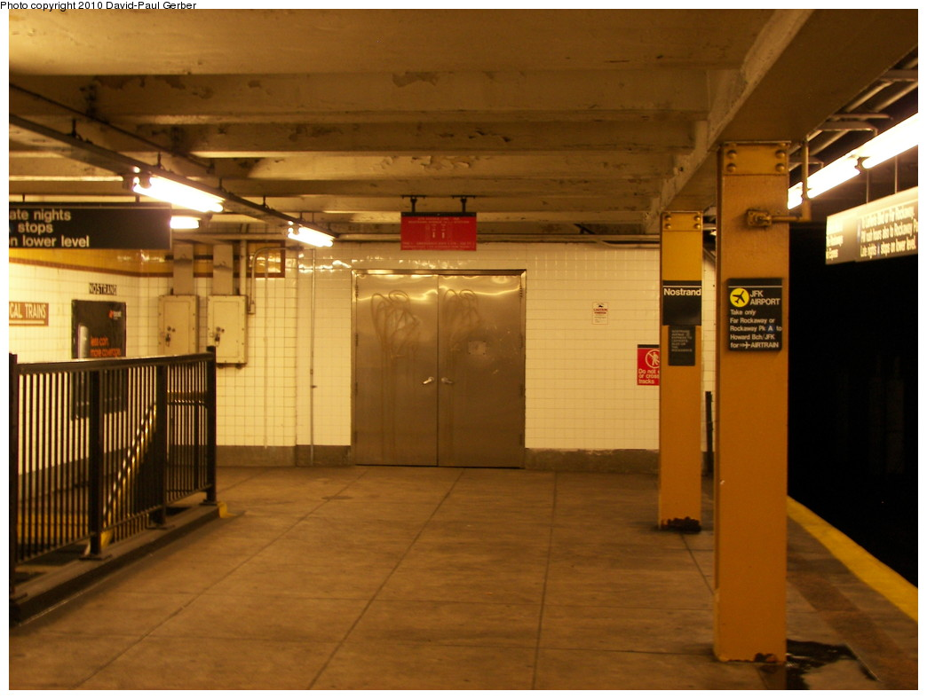 (234k, 1044x788)<br><b>Country:</b> United States<br><b>City:</b> New York<br><b>System:</b> New York City Transit<br><b>Line:</b> IND Fulton Street Line<br><b>Location:</b> Nostrand Avenue <br><b>Photo by:</b> David-Paul Gerber<br><b>Date:</b> 2/28/2010<br><b>Notes:</b> Sealed Bedford Ave passageway and exit.<br><b>Viewed (this week/total):</b> 0 / 1168