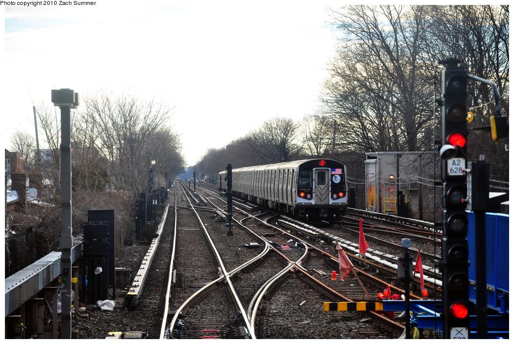 (314k, 1044x700)<br><b>Country:</b> United States<br><b>City:</b> New York<br><b>System:</b> New York City Transit<br><b>Line:</b> BMT Brighton Line<br><b>Location:</b> Kings Highway<br><b>Route:</b> Q<br><b>Car:</b> R-160A/R-160B Series (Number Unknown)  <br><b>Photo by:</b> Zach Summer<br><b>Date:</b> 1/13/2010<br><b>Viewed (this week/total):</b> 0 / 1515