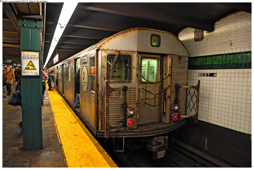(327k, 1044x700)<br><b>Country:</b> United States<br><b>City:</b> New York<br><b>System:</b> New York City Transit<br><b>Line:</b> IND 8th Avenue Line<br><b>Location:</b> West 4th Street/Washington Square <br><b>Route:</b> C<br><b>Car:</b> R-32 (Budd, 1964)  3715 <br><b>Photo by:</b> Zach Summer<br><b>Date:</b> 1/13/2010<br><b>Viewed (this week/total):</b> 0 / 1247