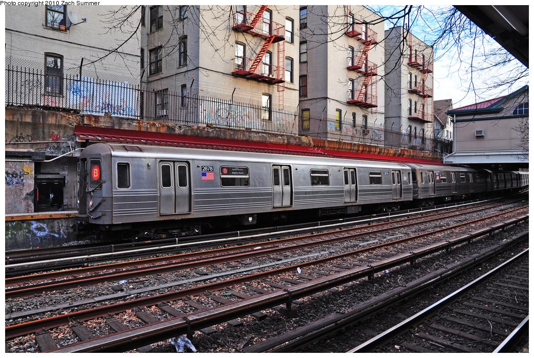 (412k, 1044x700)<br><b>Country:</b> United States<br><b>City:</b> New York<br><b>System:</b> New York City Transit<br><b>Line:</b> BMT Brighton Line<br><b>Location:</b> Beverley Road<br><b>Route:</b> B<br><b>Car:</b> R-68 (Westinghouse-Amrail, 1986-1988) 2878 <br><b>Photo by:</b> Zach Summer<br><b>Date:</b> 1/13/2010<br><b>Viewed (this week/total):</b> 0 / 1872