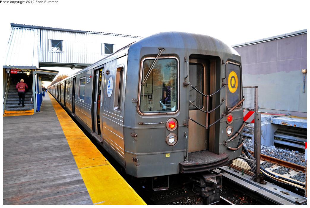 (278k, 1044x700)<br><b>Country:</b> United States<br><b>City:</b> New York<br><b>System:</b> New York City Transit<br><b>Line:</b> BMT Brighton Line<br><b>Location:</b> Avenue J <br><b>Route:</b> Q<br><b>Car:</b> R-68A (Kawasaki, 1988-1989)  5116 <br><b>Photo by:</b> Zach Summer<br><b>Date:</b> 1/13/2010<br><b>Viewed (this week/total):</b> 2 / 1026
