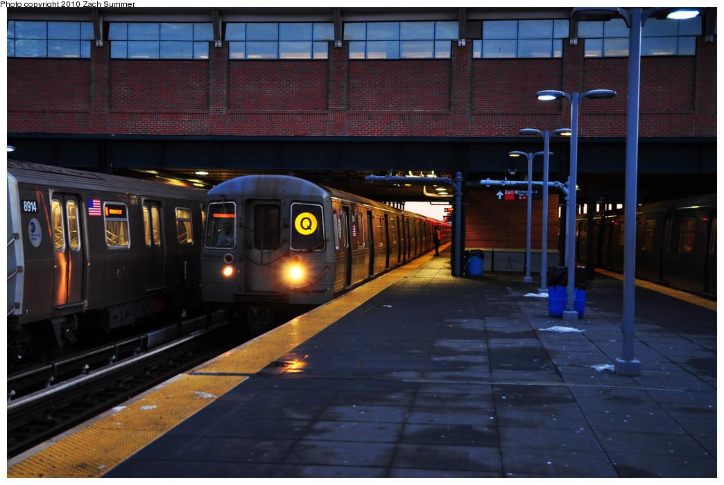 (247k, 1044x700)<br><b>Country:</b> United States<br><b>City:</b> New York<br><b>System:</b> New York City Transit<br><b>Location:</b> Coney Island/Stillwell Avenue<br><b>Route:</b> Q<br><b>Car:</b> R-68A (Kawasaki, 1988-1989)  5104 <br><b>Photo by:</b> Zach Summer<br><b>Date:</b> 1/13/2010<br><b>Viewed (this week/total):</b> 0 / 1018