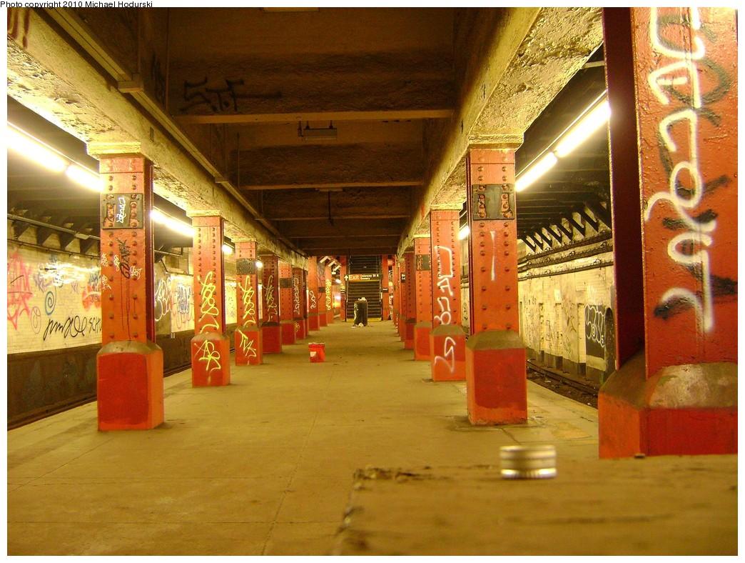 (259k, 1044x788)<br><b>Country:</b> United States<br><b>City:</b> New York<br><b>System:</b> New York City Transit<br><b>Line:</b> BMT Nassau Street/Jamaica Line<br><b>Location:</b> Bowery <br><b>Photo by:</b> Michael Hodurski<br><b>Date:</b> 2/28/2010<br><b>Notes:</b> Disused portion of Bowery station.<br><b>Viewed (this week/total):</b> 1 / 3937