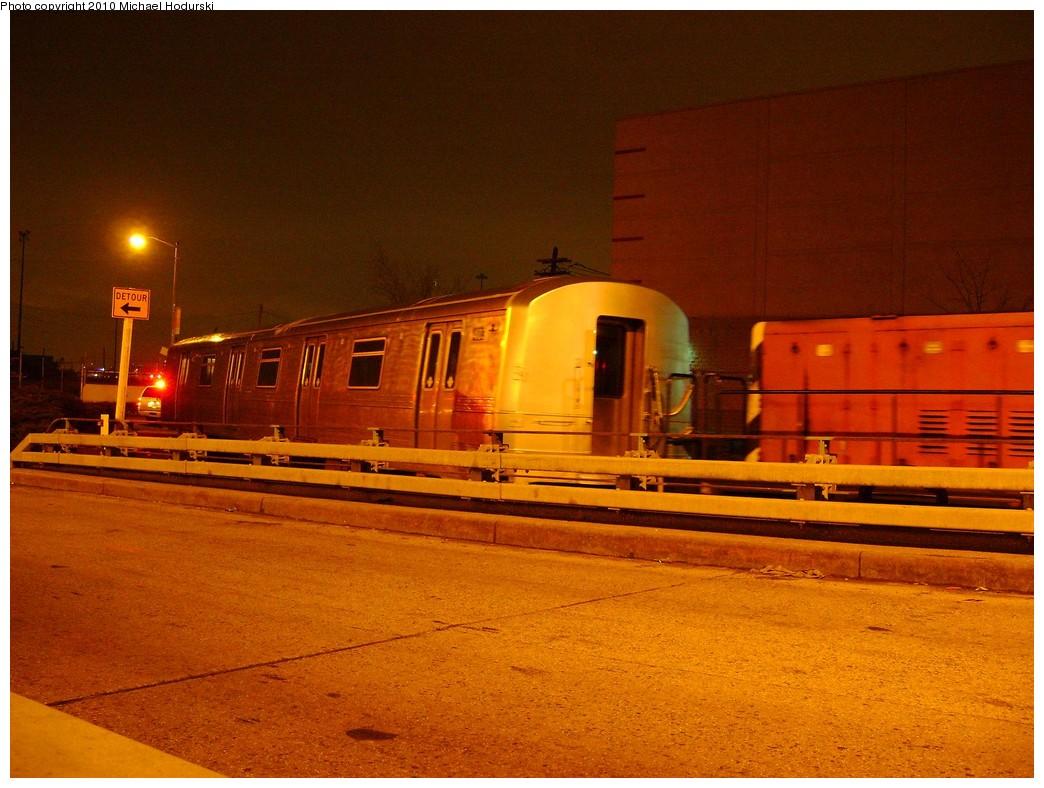 (226k, 1044x788)<br><b>Country:</b> United States<br><b>City:</b> New York<br><b>System:</b> New York City Transit<br><b>Line:</b> South Brooklyn Railway<br><b>Location:</b> 2nd Avenue (SBK)<br><b>Car:</b> R-44 SIRT (St. Louis, 1971-1973) 403 <br><b>Photo by:</b> Michael Hodurski<br><b>Date:</b> 3/3/2010<br><b>Viewed (this week/total):</b> 3 / 1123