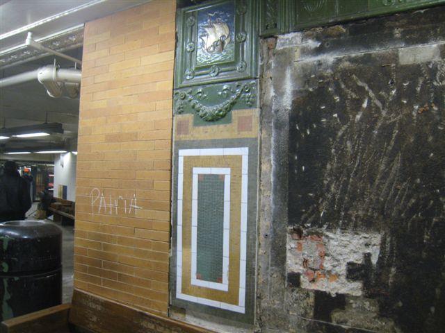 (62k, 640x480)<br><b>Country:</b> United States<br><b>City:</b> New York<br><b>System:</b> New York City Transit<br><b>Line:</b> IRT West Side Line<br><b>Location:</b> 59th Street/Columbus Circle <br><b>Photo by:</b> David Blair<br><b>Date:</b> 2/19/2010<br><b>Notes:</b> Station renovation.<br><b>Viewed (this week/total):</b> 0 / 621